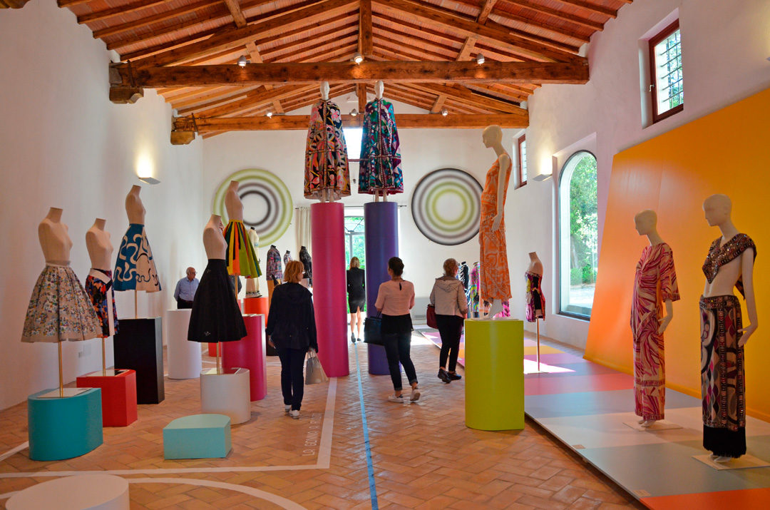 #villapucci #emiliopucci #fashion #moda #jplvmh #loveit #italy #tuscany #toscana